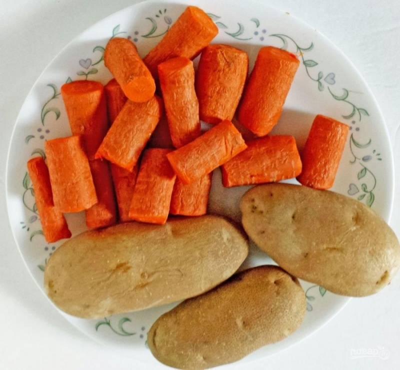 2.Выкладываю овощи в тарелку и остужаю.