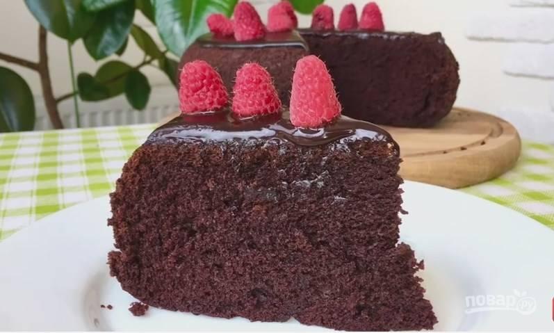 """Очень простой шоколадный торт """"на раз, два, три"""""""