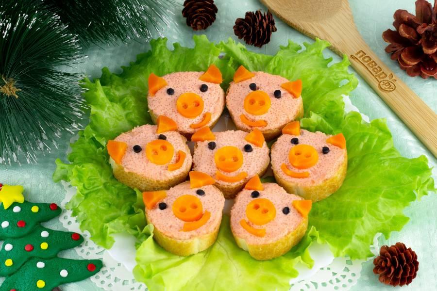 Бутерброды на Новый год в виде поросят