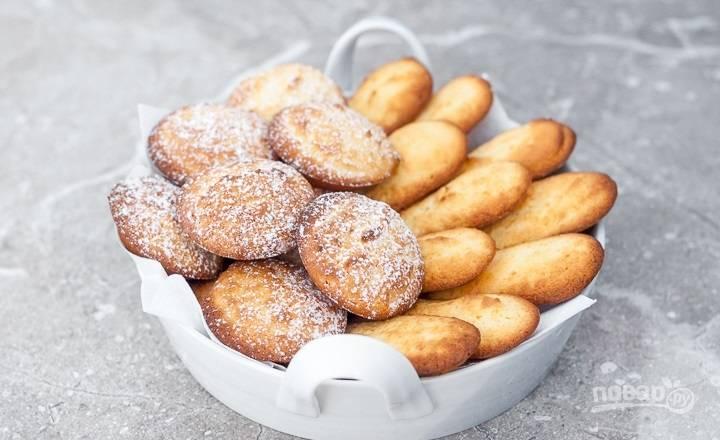 5.Выложите печенье в миску и украсьте сахарной пудрой. Приятного аппетита!