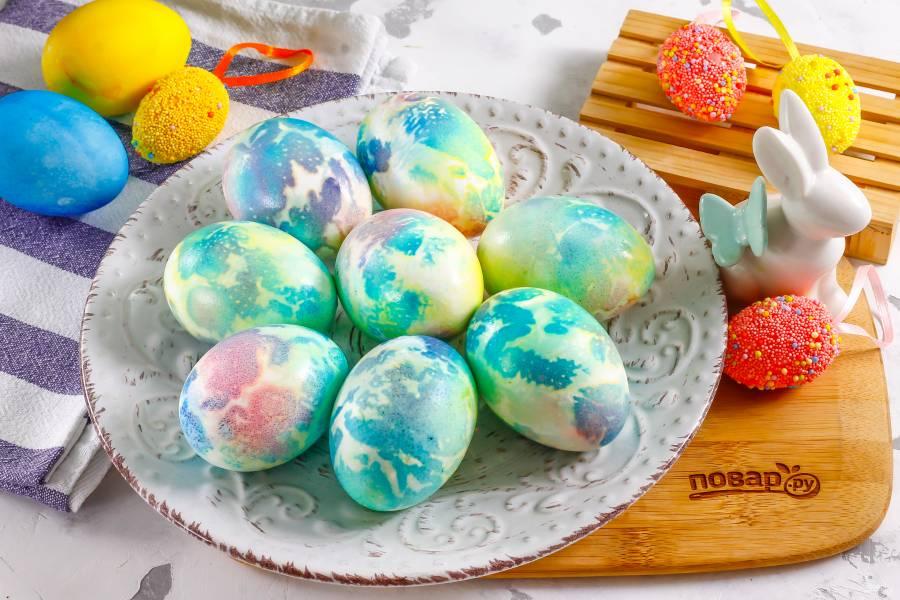 Космические яйца на Пасху