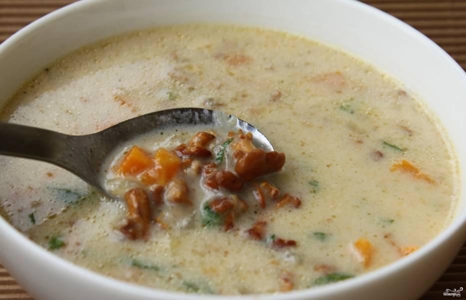 Суп из лисичек с сыром