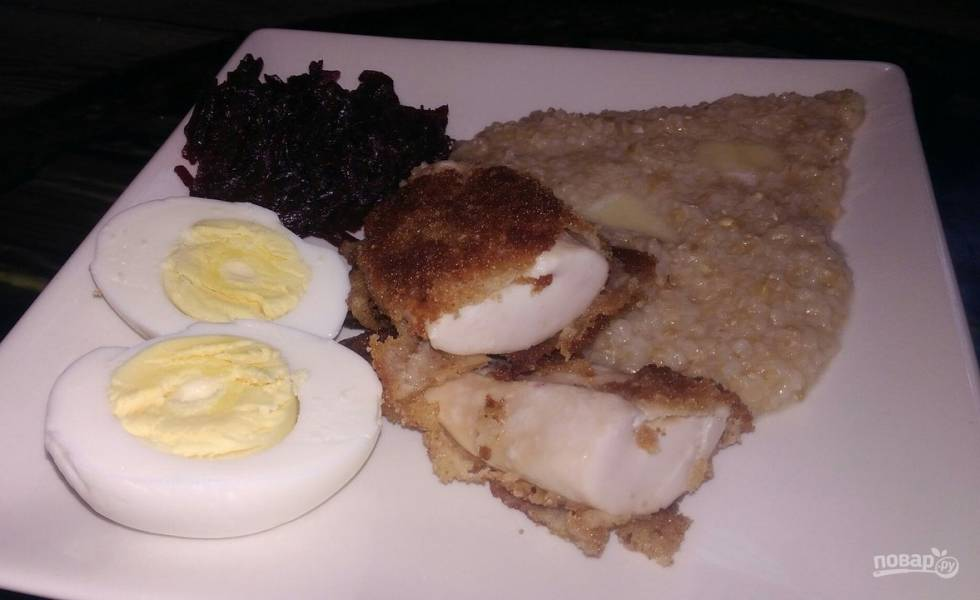 Молоки лосося в яйце и сухарях
