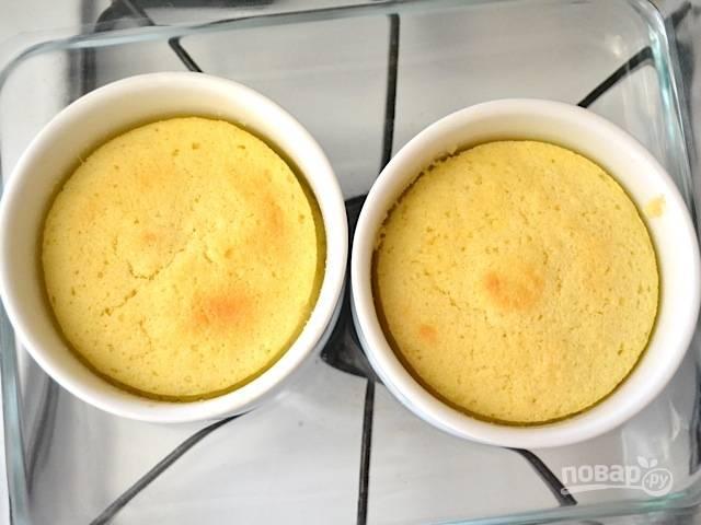 7.Запекайте в разогретой до 175 градусов духовке 35 минут.