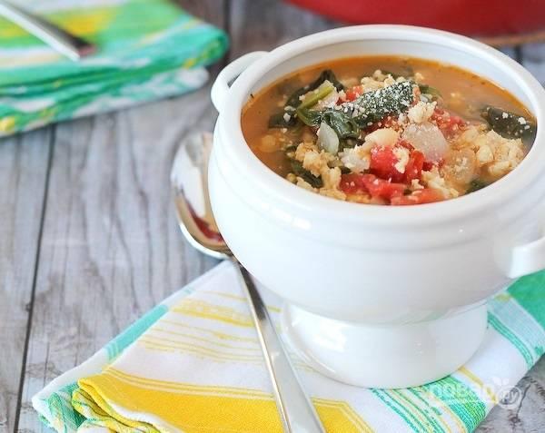 10.Разлейте суп по тарелкам и подавайте его к столу. Приятного аппетита!