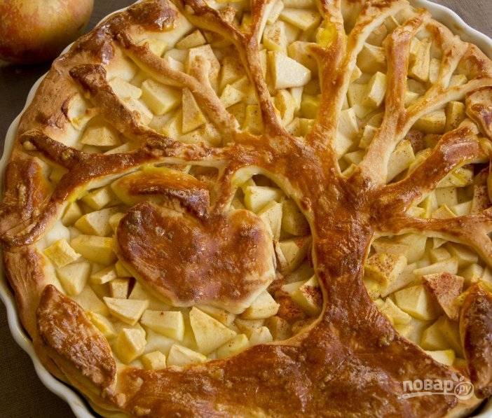 Пироги с яблоками из дрожжевого теста