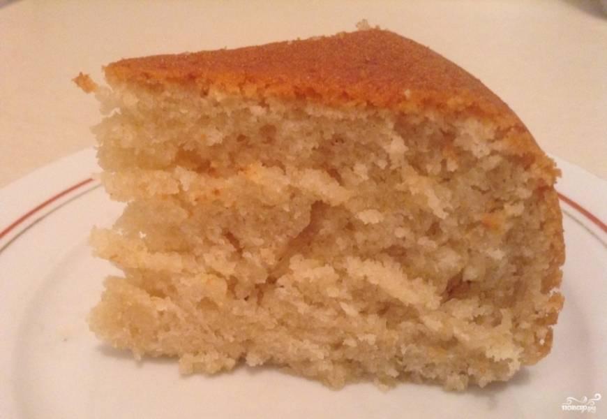 """Готовьте пирог в режиме """"Выпечка"""" в течение 1 часа. Приятного чаепития!"""