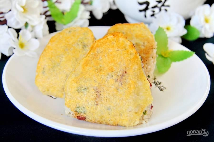 Японские рисовые шарики с сыром