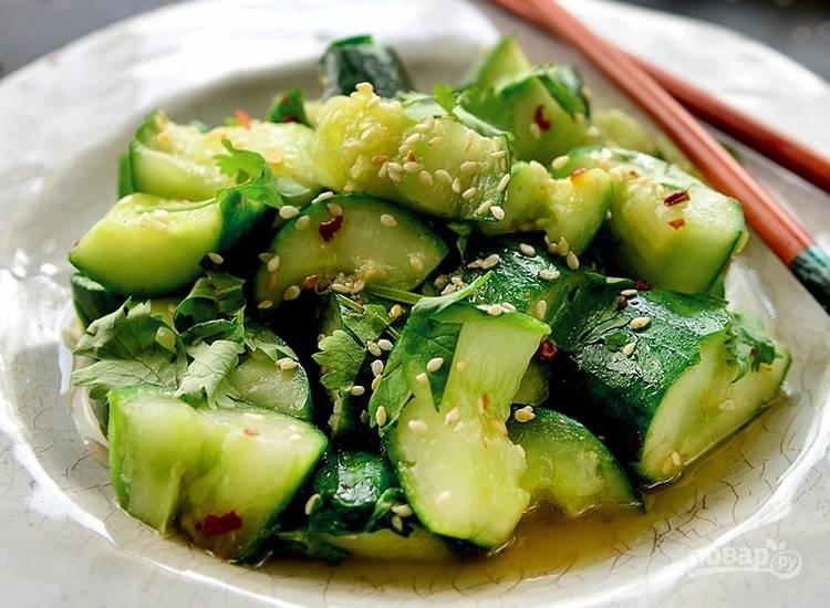 Весенний огуречный салат