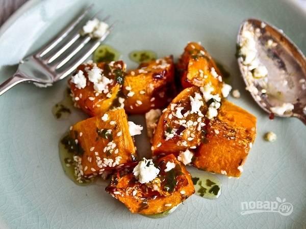 4. Подавать блюдо к столу можно как горячим, так и холодным. Приятного аппетита!