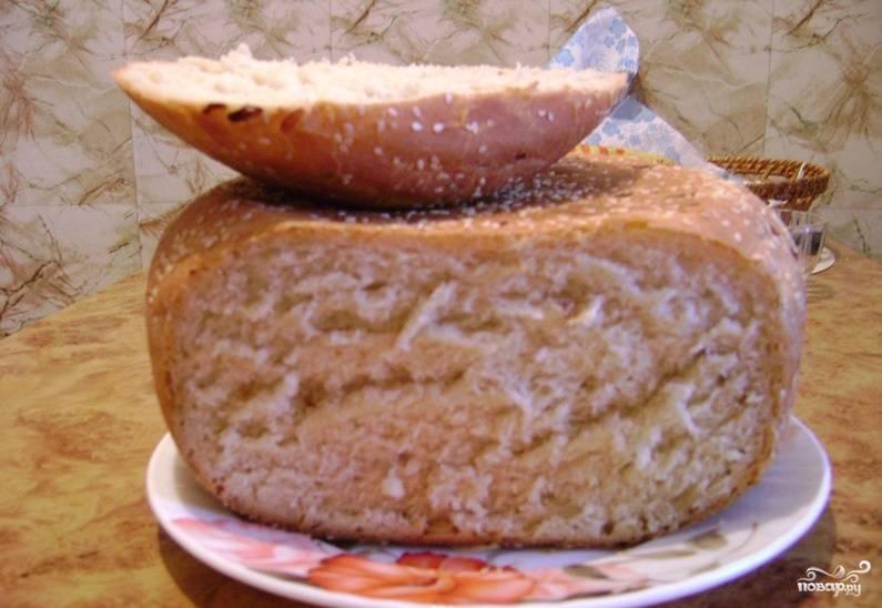 Луковый хлеб в мультиварке