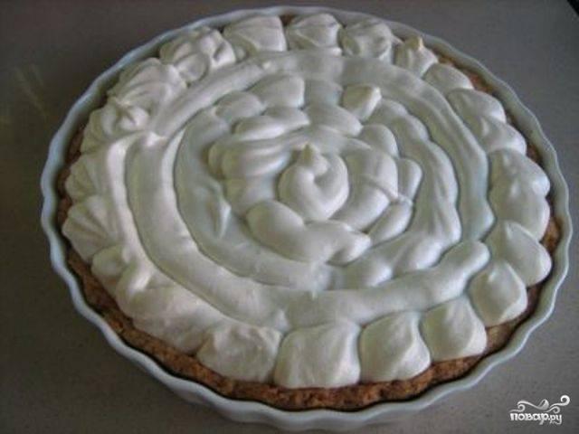 Лимонный пирог с меренгой