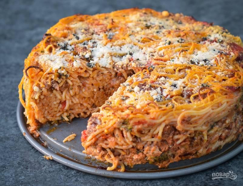 Запеканка из фарша и спагетти