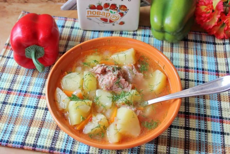 Сытный, вкусный и ароматный суп подавайте на обед.
