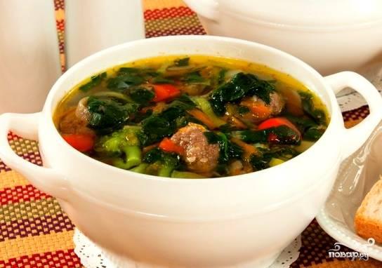 Вот и все, суп готов. Можно его подавать со сметаной или майонезом. Дети скорее всего оценят такой подход к приготовлению первого блюда. Приятного аппетита!