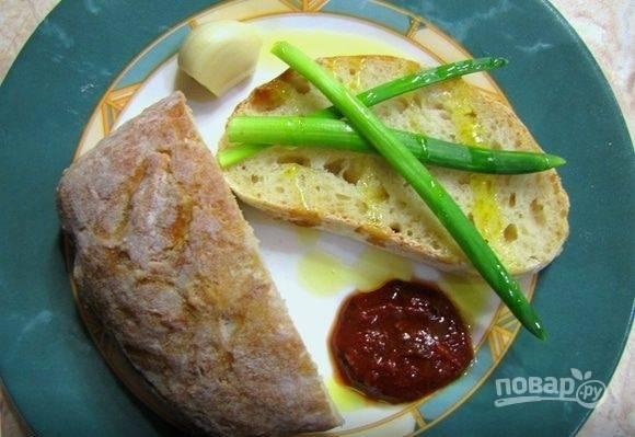 Запекайте чиабатту при 240 градусах в духовке в течение 35-40 минут. Итальянский хлеб готов! Приятной дегустации!
