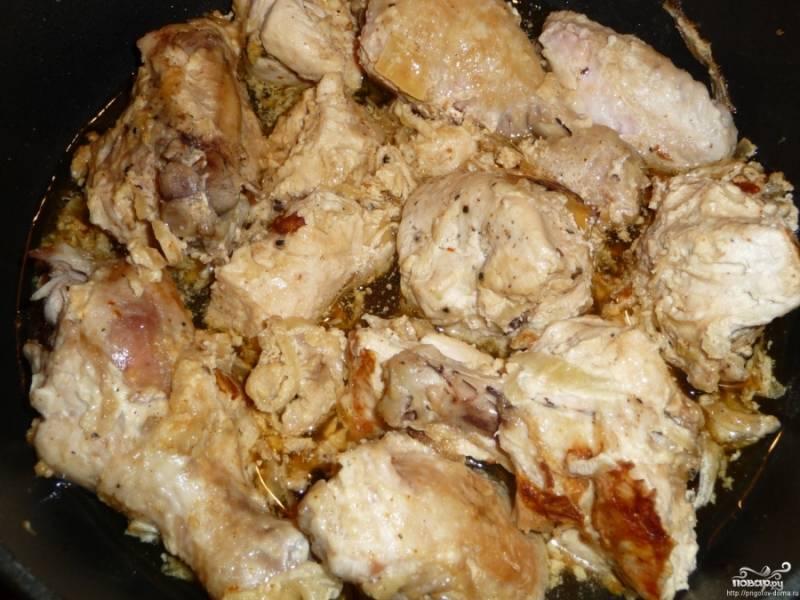 6. Наше блюдо готово. Выкладываем на тарелки, выбираем гарнир, который вам больше по вкусу. Приятного аппетита!