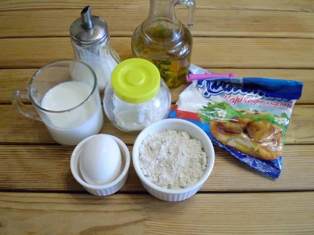 1. Приготовим продукты для блинов. Овсяные отруби лучше купить самого мелкого помола. Кефир - обезжиренный.