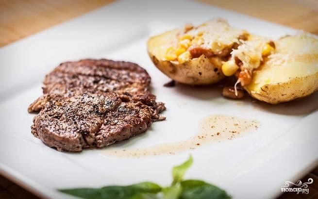 7. Подавайте с отварным (запеченным) картофелем или другими овощами.