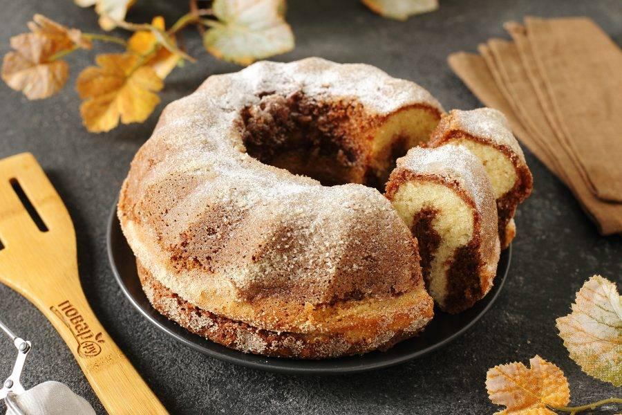 По желанию кекс можно посыпать перед подачей сахарной пудрой. Приятного аппетита!