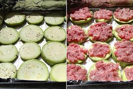 Порежьте кружочками кабачки и помидоры. Противень застелите фольгой. Выложите на него кружочки кабачков, посолите и поперчите. Сверху - мясной фарш (по желанию).