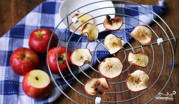 Яблочные чипсы в микроволновке