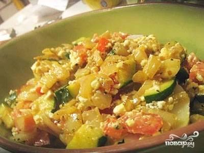Затем блюдо достаем из духовки. Даем ему настояться примерно 7 минут, после чего раскладываем по тарелочкам и подаем к столу. Приятного аппетита!