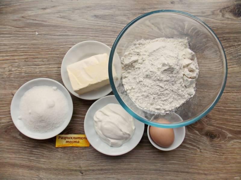 Подготовьте все необходимые ингредиенты для приготовления песочного печенья в хлебопечке.