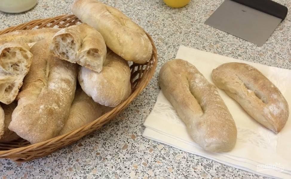 Пшеничные булки с тмином и кунжутом