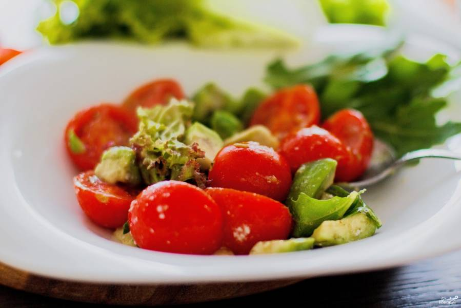 Салат с угрем