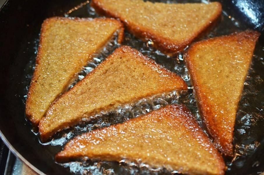 2. Обжарьте с добавлением масла до золотистого цвета.