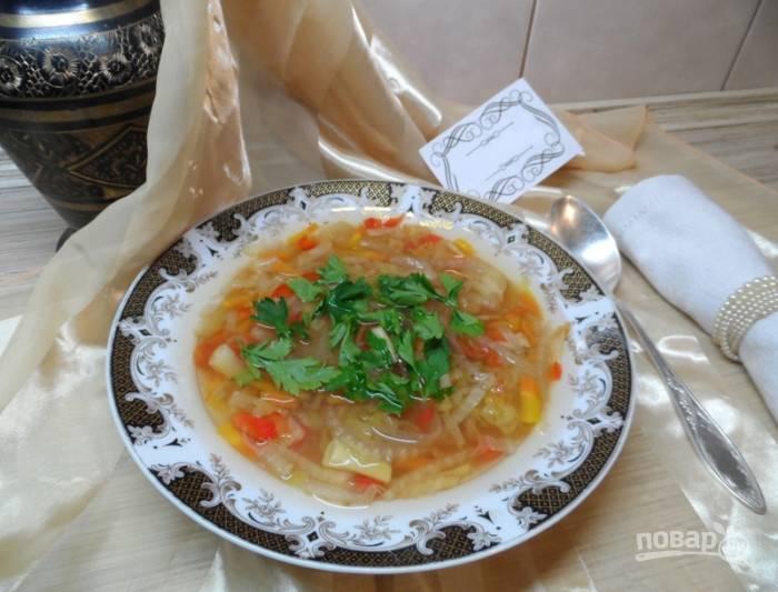 Подавайте суп с зеленью. Приятного аппетита!