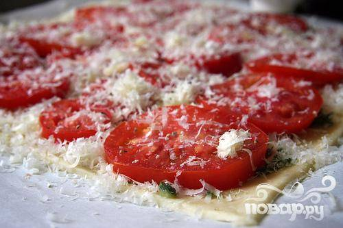 6. Посыпать сверху оставшимся сыром Пармезан.