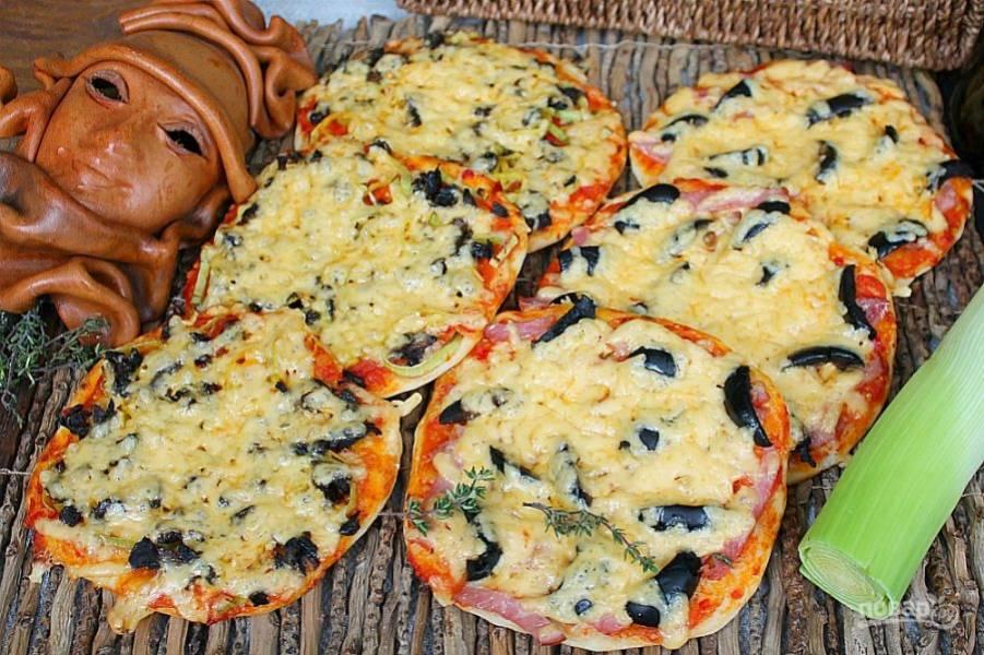 Итальянская пицетта готова. Угощайтесь!