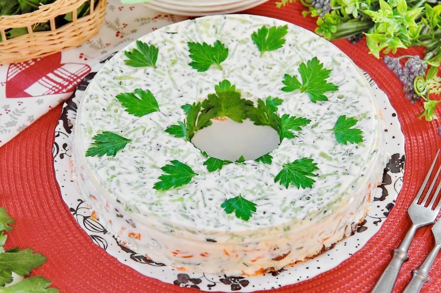 Салат желейный, слоеный