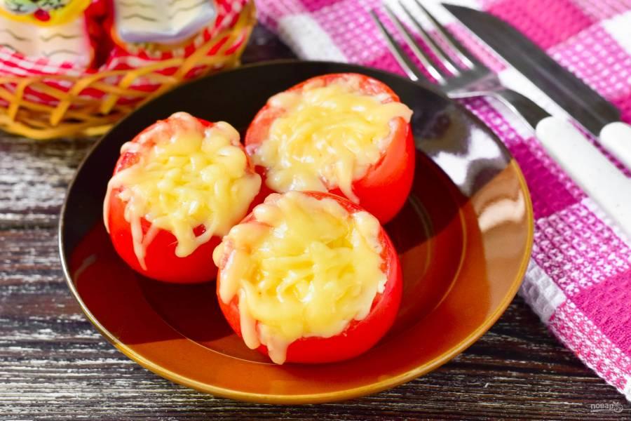 Помидоры фаршированные сыром в духовке