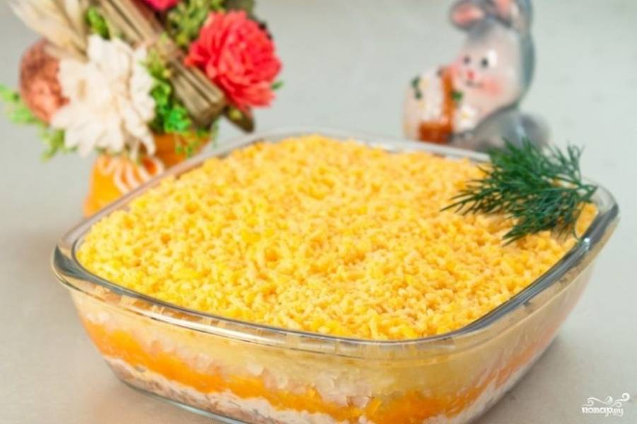 """Салат """"Мимоза"""" с плавленым сыром"""