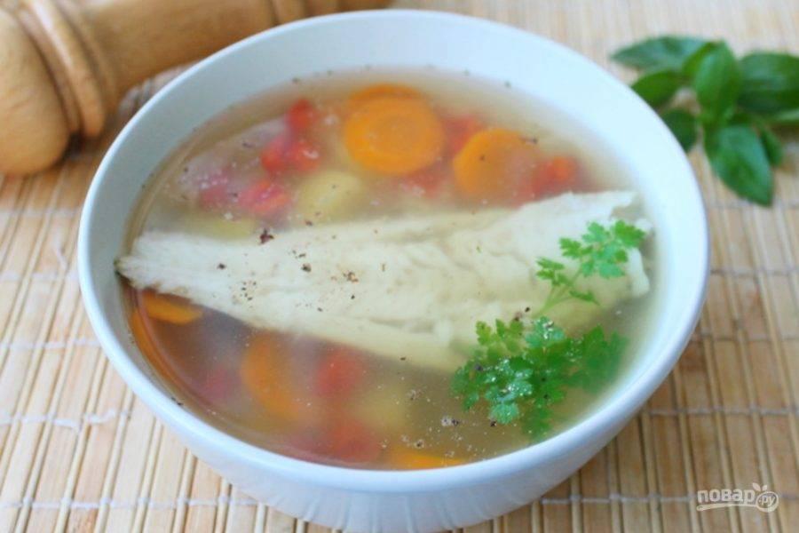 Рыбный суп с бурым рисом готов. Приятного аппетита!