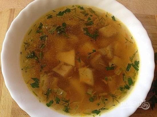 Даем супу настояться минут 5 — и можно подавать к столу.