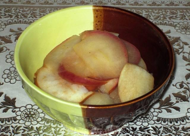 5. Такое блюдо можно подавать как десерт, так и как начинку (например для блинчиков). Приятного аппетита!