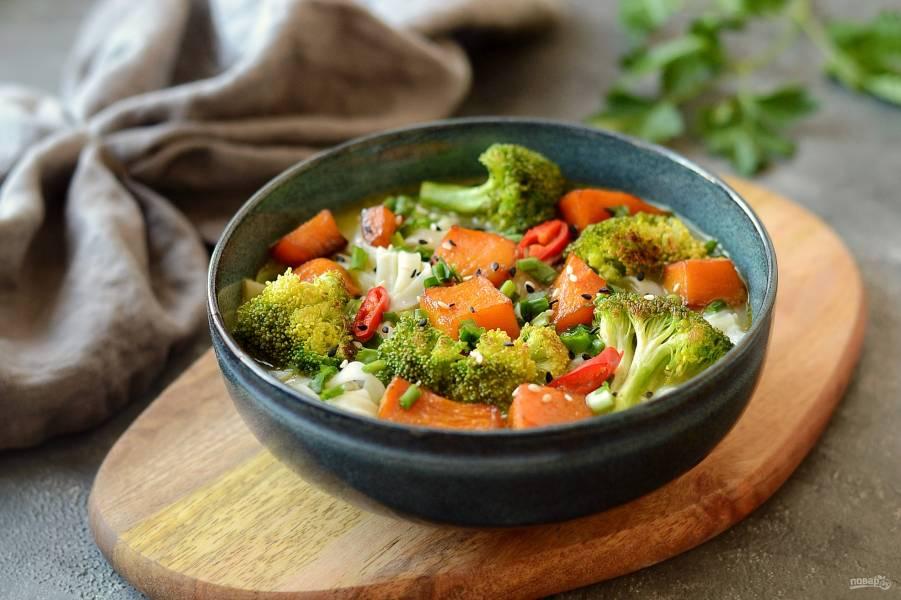 Азиатский суп с тыквой и брокколи