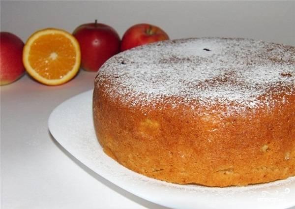 """Яблочный пирог в мультиварке """"Поларис"""""""