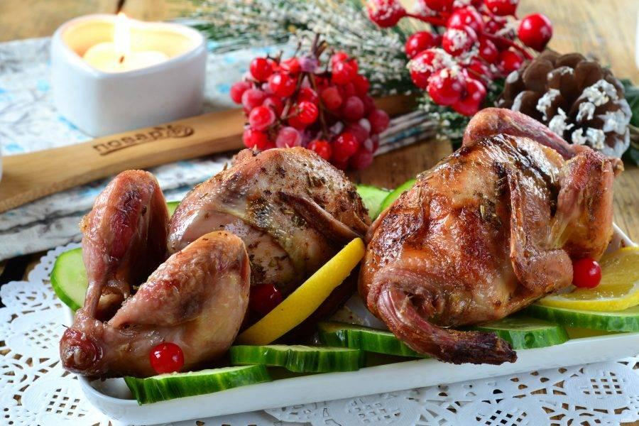 Цыплята-корнишоны готовы! Подавайте горячими и приятного аппетита!