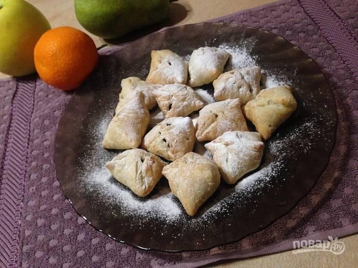 Слоеные печенья с шоколадом и орехами