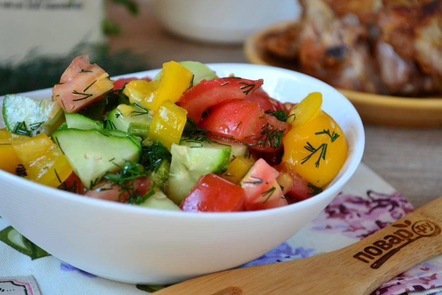 Салат можно подавать к столу! Приятного аппетита!