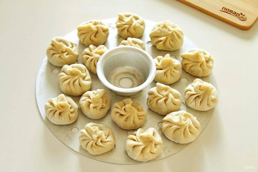 Тибетские пельмени готовьте на пару в течение 45 минут.