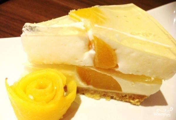 Торт йогуртовый с фруктами