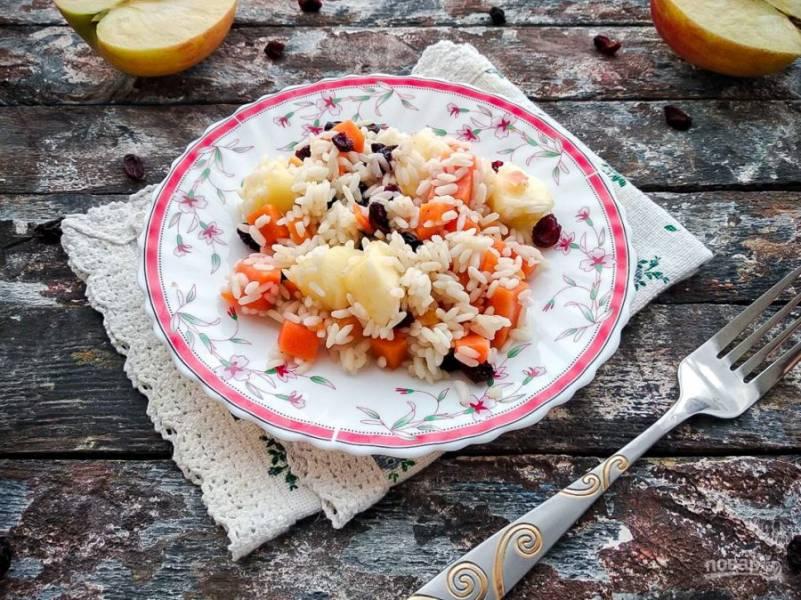 Переложите блюдо в тарелку и подавайте к столу. Приятного аппетита!