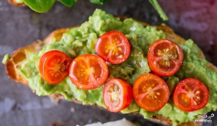 Бутерброды с намазкой из авокадо