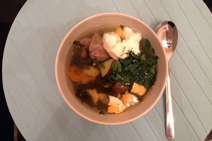 Готовый суп наливаем в тарелки и наслаждаемся. Приятного аппетита!